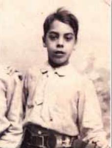Tito, sobrino sordomudo de Doña Lucilia