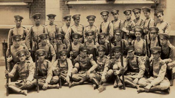 plinio_uniforme